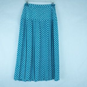 Maggy Boutique pleated skirt Size 6